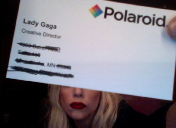 Tarjeta de Lady Gaga para Polaroid