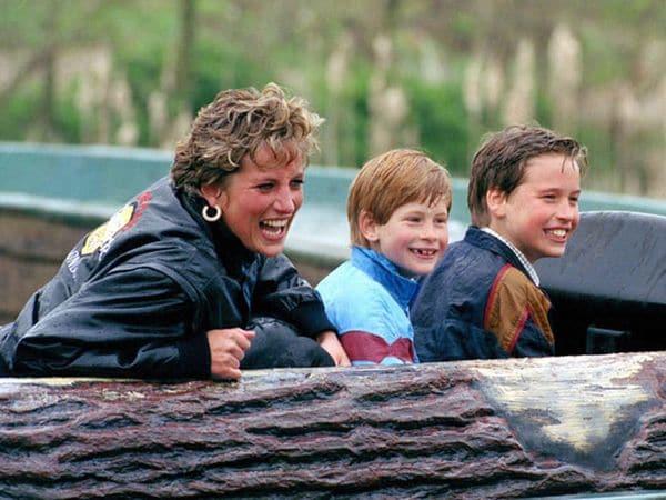 Les dio una vida más real a sus hijos, enseñándoles el mundo fuera del castillo